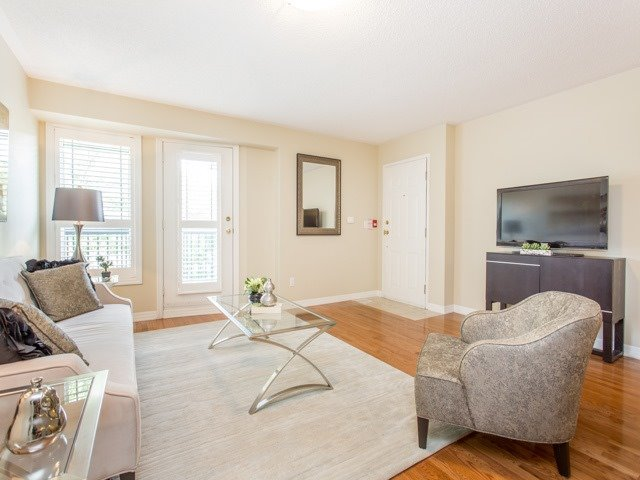 Condo Townhouse at 118 Finch Ave W, Unit 17, Toronto, Ontario. Image 11