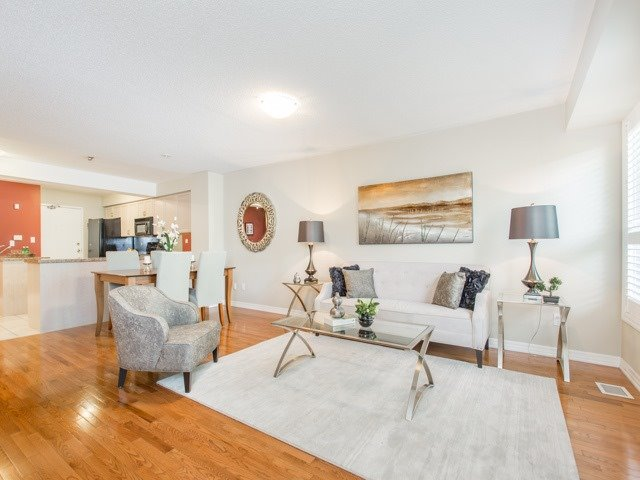 Condo Townhouse at 118 Finch Ave W, Unit 17, Toronto, Ontario. Image 12