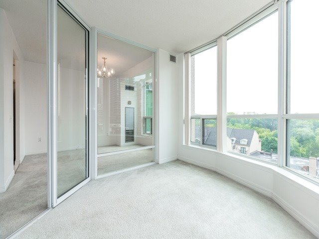 Condo Apartment at 942 Yonge St, Unit 701, Toronto, Ontario. Image 2