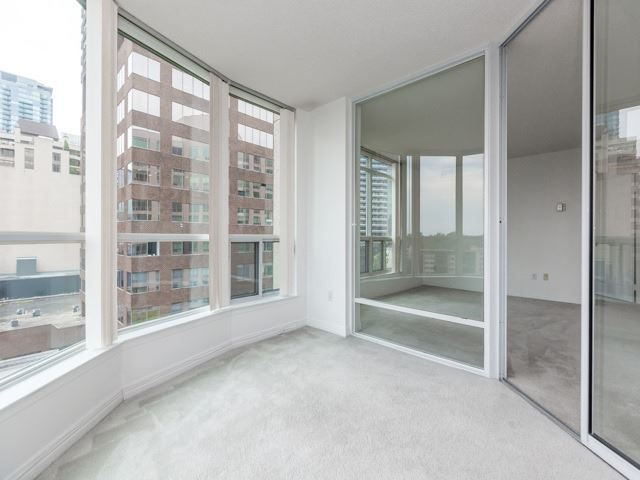 Condo Apartment at 942 Yonge St, Unit 701, Toronto, Ontario. Image 3