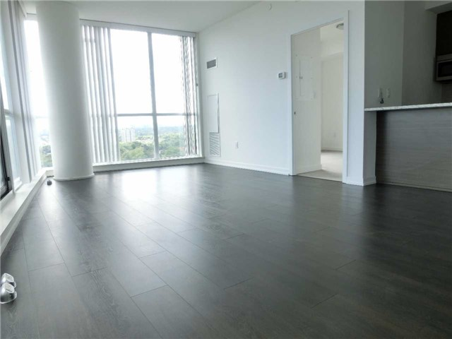 Condo With Common Elements at 66 Forest Manor Rd, Unit 612, Toronto, Ontario. Image 12