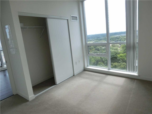 Condo With Common Elements at 66 Forest Manor Rd, Unit 612, Toronto, Ontario. Image 5