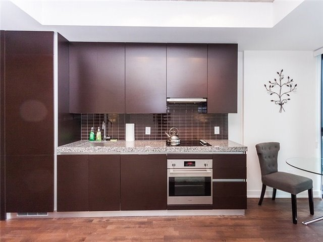 Condo Apartment at 38 Stewart St, Unit 906, Toronto, Ontario. Image 17
