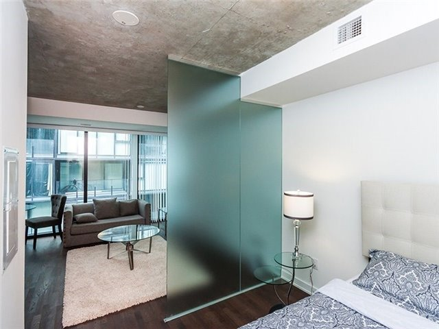 Condo Apartment at 38 Stewart St, Unit 906, Toronto, Ontario. Image 5