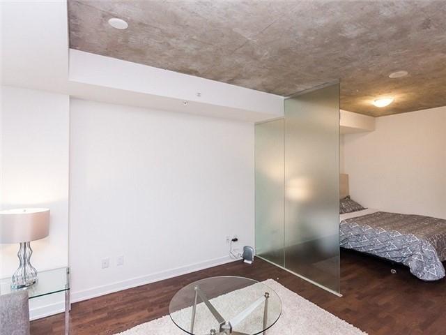 Condo Apartment at 38 Stewart St, Unit 906, Toronto, Ontario. Image 7