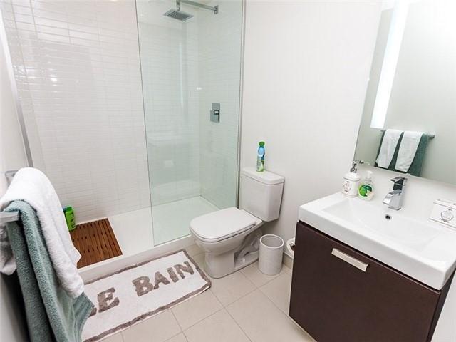 Condo Apartment at 38 Stewart St, Unit 906, Toronto, Ontario. Image 8