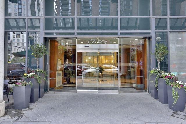 Condo Apartment at 1121 Bay St, Unit 1903, Toronto, Ontario. Image 12