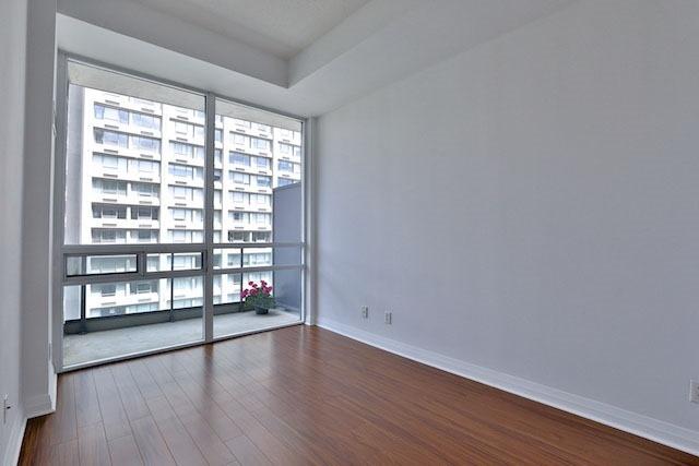 Condo Apartment at 1121 Bay St, Unit 1903, Toronto, Ontario. Image 5