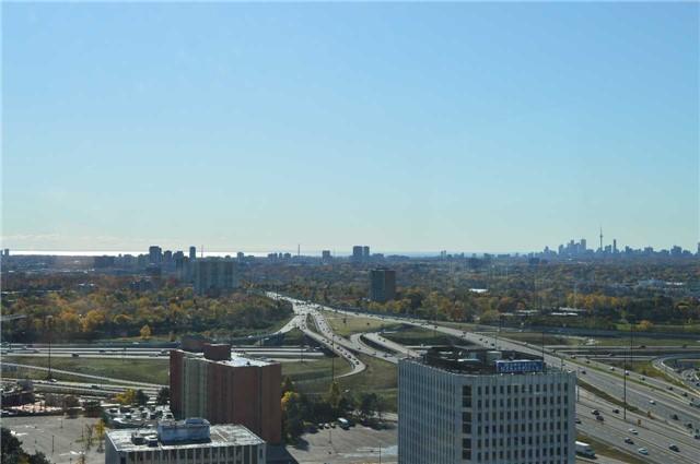 Condo Apartment at 275 Yorkland Rd, Unit 2710, Toronto, Ontario. Image 11