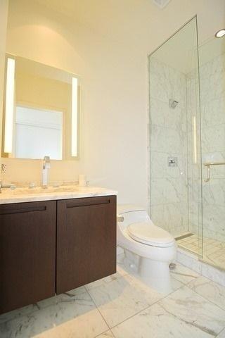 Condo Apartment at 180 University Ave, Unit 5804, Toronto, Ontario. Image 6