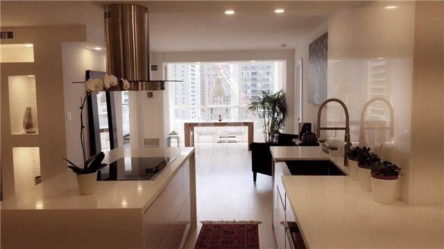 Condo Apartment at 30 Greenfield Ave, Unit 1607, Toronto, Ontario. Image 4
