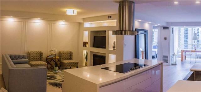 Condo Apartment at 30 Greenfield Ave, Unit 1607, Toronto, Ontario. Image 5