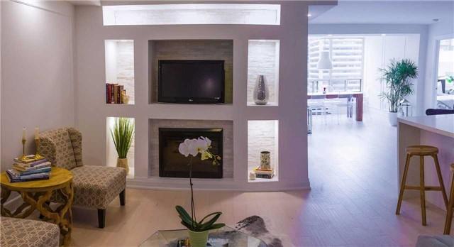 Condo Apartment at 30 Greenfield Ave, Unit 1607, Toronto, Ontario. Image 6