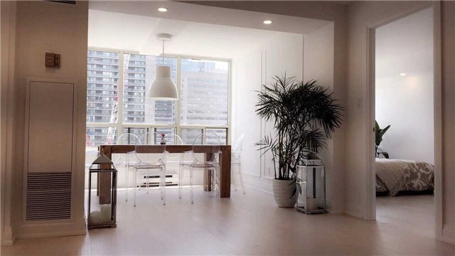Condo Apartment at 30 Greenfield Ave, Unit 1607, Toronto, Ontario. Image 9