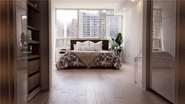 Condo Apartment at 30 Greenfield Ave, Unit 1607, Toronto, Ontario. Image 10