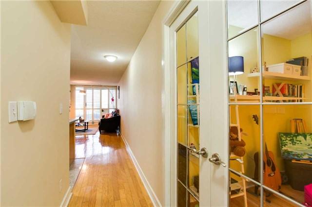 Condo Apartment at 16 Harrison Garden Blvd, Unit 201, Toronto, Ontario. Image 12