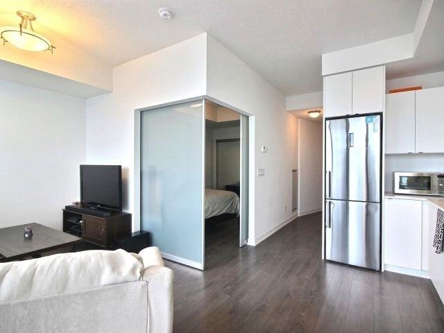 Condo Apartment at 51 East Liberty St, Unit 2217, Toronto, Ontario. Image 18