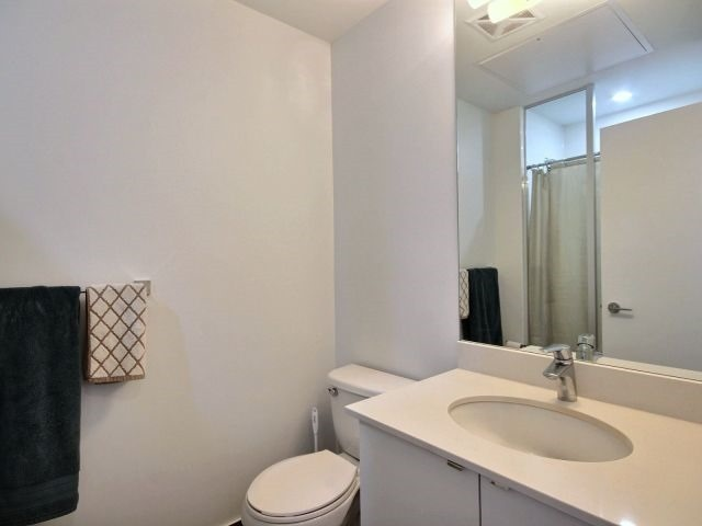 Condo Apartment at 51 East Liberty St, Unit 2217, Toronto, Ontario. Image 3