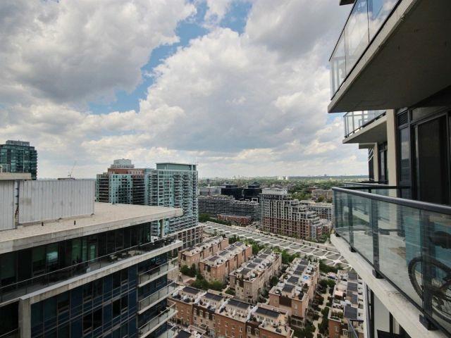 Condo Apartment at 51 East Liberty St, Unit 2217, Toronto, Ontario. Image 6
