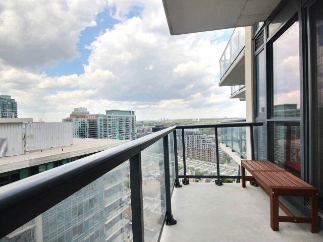 Condo Apartment at 51 East Liberty St, Unit 2217, Toronto, Ontario. Image 7