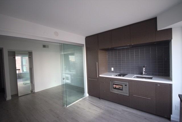 Condo Apartment at 155 Yorkville Ave, Unit 1916, Toronto, Ontario. Image 12