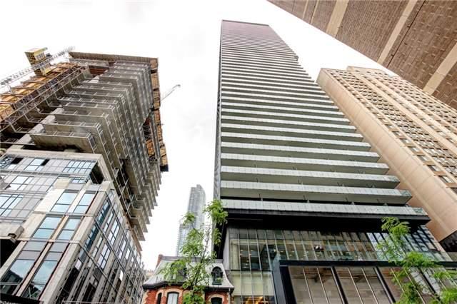 Condo Apartment at 15 Grenville St, Unit 603, Toronto, Ontario. Image 13
