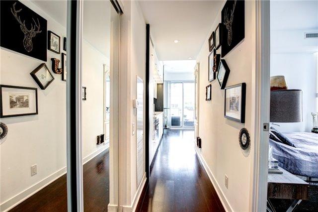Condo Apartment at 15 Grenville St, Unit 603, Toronto, Ontario. Image 17