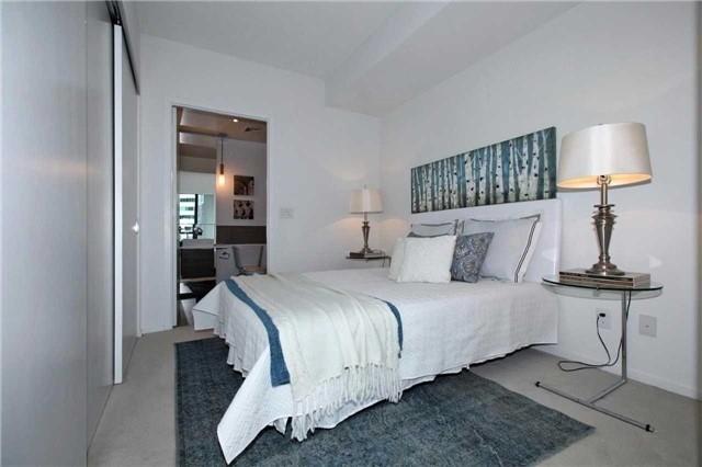 Condo Apartment at 8 Charlotte St, Unit 305, Toronto, Ontario. Image 3