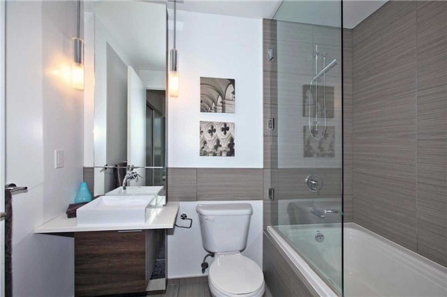 Condo Apartment at 8 Charlotte St, Unit 305, Toronto, Ontario. Image 4