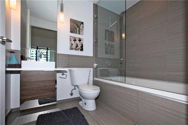 Condo Apartment at 8 Charlotte St, Unit 305, Toronto, Ontario. Image 5