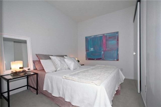 Condo Apartment at 8 Charlotte St, Unit 305, Toronto, Ontario. Image 6
