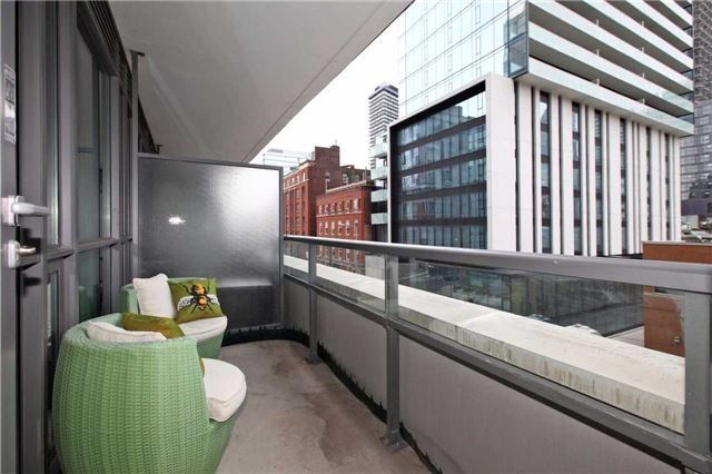Condo Apartment at 8 Charlotte St, Unit 305, Toronto, Ontario. Image 9