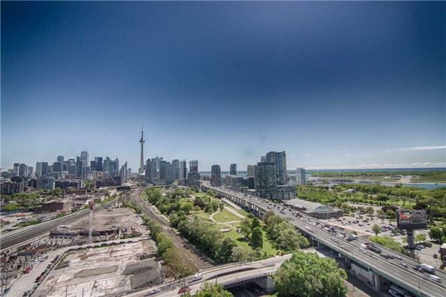 Condo Apartment at 51 East Liberty St, Unit 2110, Toronto, Ontario. Image 11
