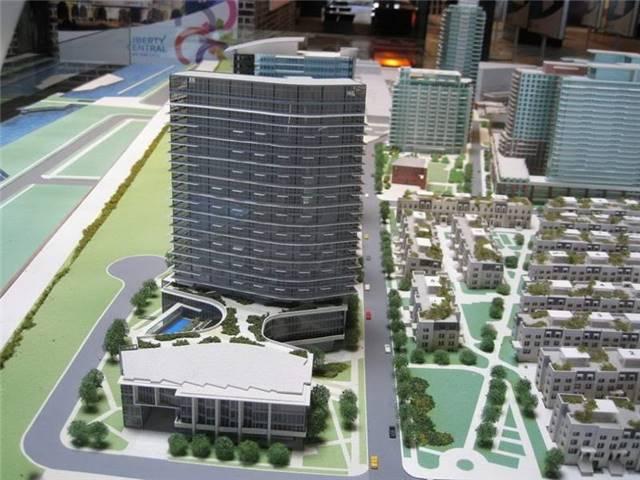 Condo Apartment at 51 East Liberty St, Unit 2110, Toronto, Ontario. Image 8
