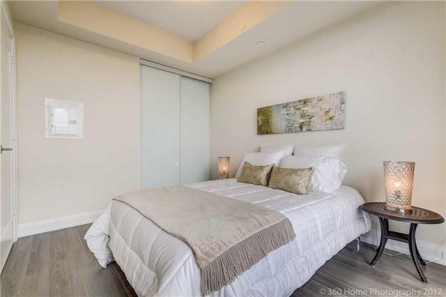 Condo Apartment at 18 Graydon Hall Dr, Unit 2401, Toronto, Ontario. Image 5