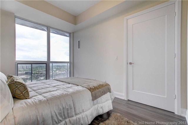 Condo Apartment at 18 Graydon Hall Dr, Unit 2401, Toronto, Ontario. Image 6