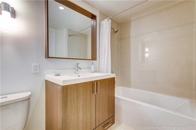Condo Apartment at 18 Graydon Hall Dr, Unit 2401, Toronto, Ontario. Image 8