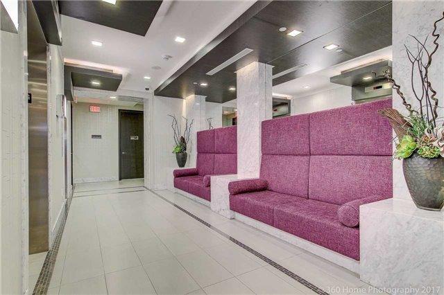 Condo Apartment at 18 Graydon Hall Dr, Unit 2401, Toronto, Ontario. Image 11