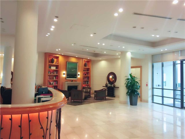 Condo Apartment at 509 Beecroft Rd, Unit 1806, Toronto, Ontario. Image 12