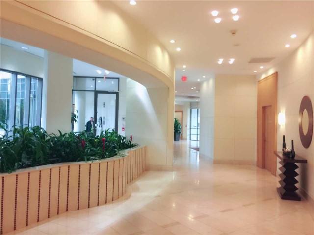 Condo Apartment at 509 Beecroft Rd, Unit 1806, Toronto, Ontario. Image 13