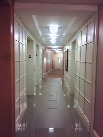 Condo Apartment at 509 Beecroft Rd, Unit 1806, Toronto, Ontario. Image 14