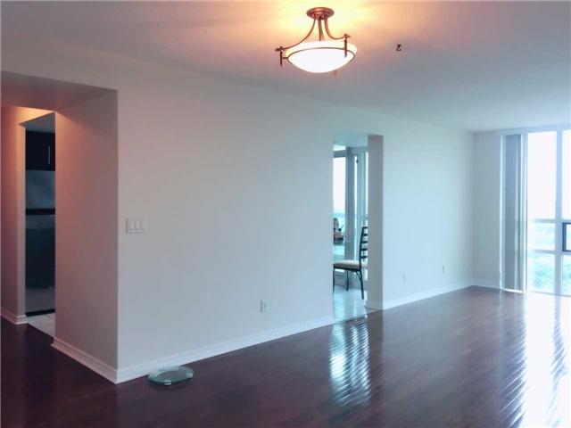 Condo Apartment at 509 Beecroft Rd, Unit 1806, Toronto, Ontario. Image 11