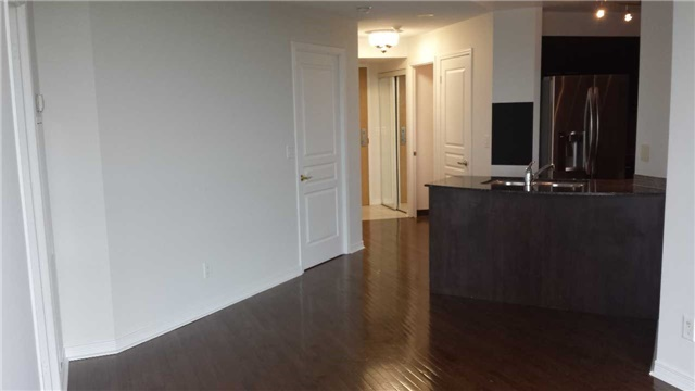 Condo Apartment at 503 Beecroft Rd, Unit 815, Toronto, Ontario. Image 7