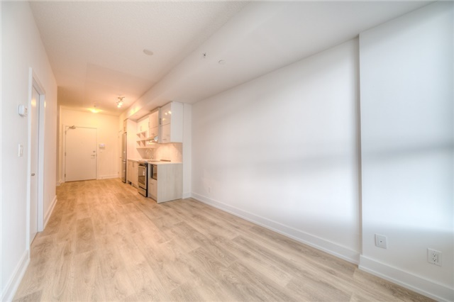 Condo Apartment at 150 Fairview Mall Dr, Unit 504, Toronto, Ontario. Image 12