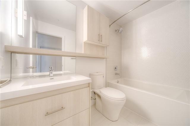 Condo Apartment at 150 Fairview Mall Dr, Unit 504, Toronto, Ontario. Image 3