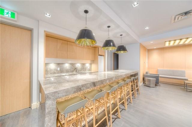 Condo Apartment at 150 Fairview Mall Dr, Unit 504, Toronto, Ontario. Image 5