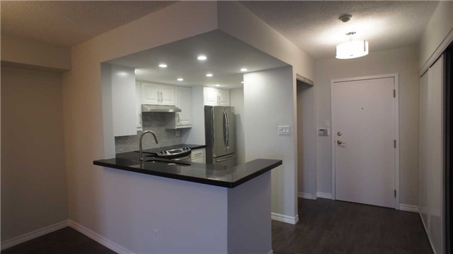 Condo Apartment at 10 Torresdale Ave, Unit 1810, Toronto, Ontario. Image 12