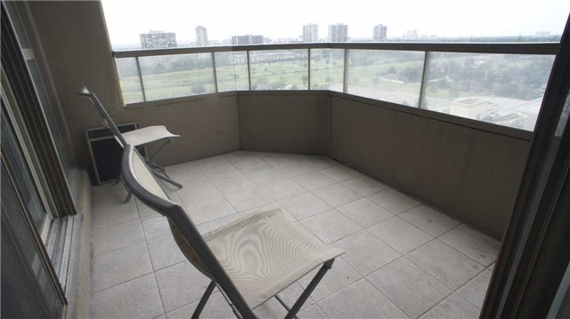 Condo Apartment at 10 Torresdale Ave, Unit 1810, Toronto, Ontario. Image 20