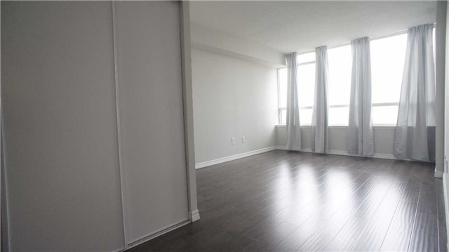 Condo Apartment at 10 Torresdale Ave, Unit 1810, Toronto, Ontario. Image 3
