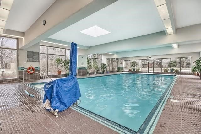 Condo Apartment at 10 Torresdale Ave, Unit 1810, Toronto, Ontario. Image 8